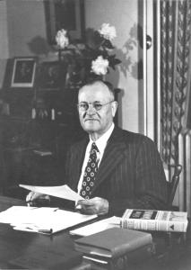 J. Carter Walker, Headmaster